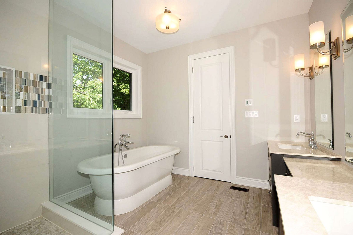 Bathroom renovations in toronto by the reno pros for Bathroom photos