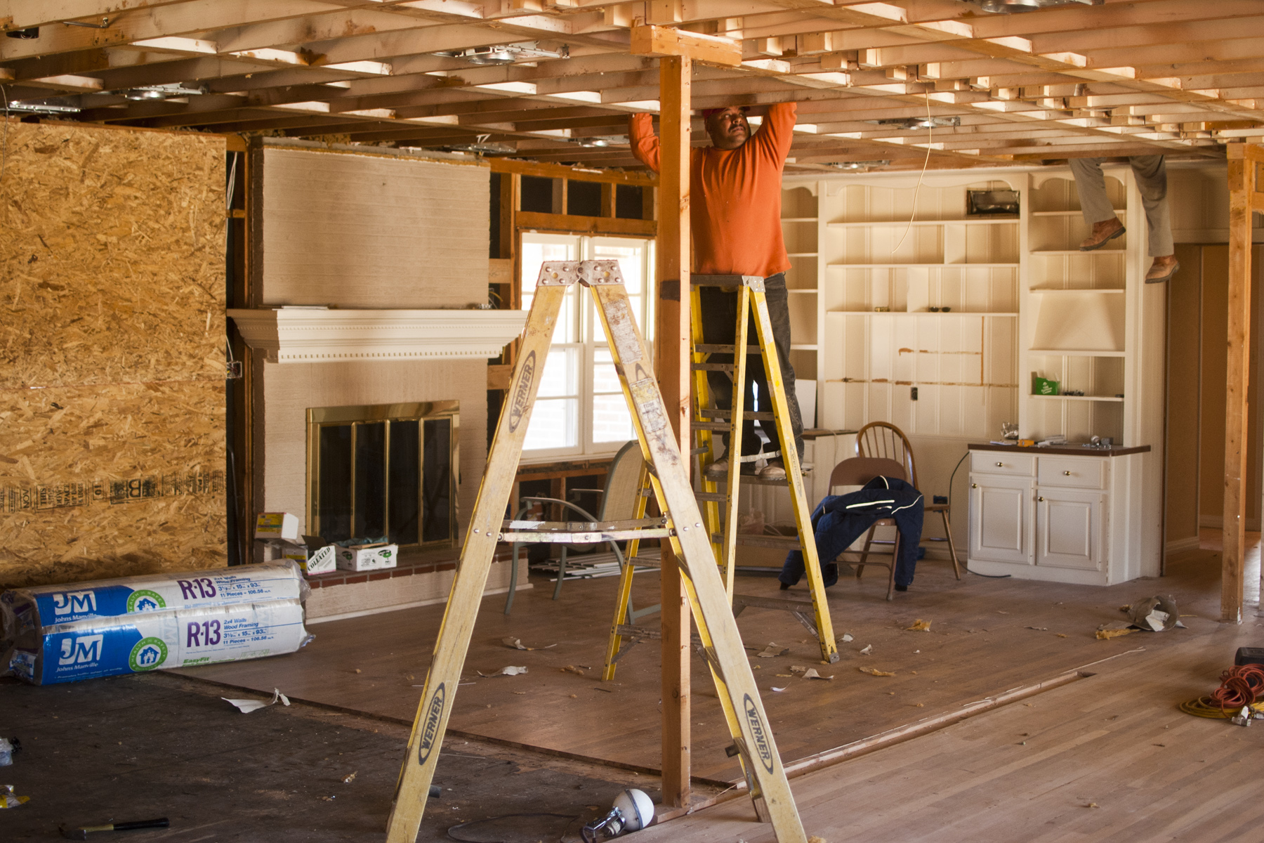 Methods Used To Install Metal Ceiling Tiles The Reno Pros